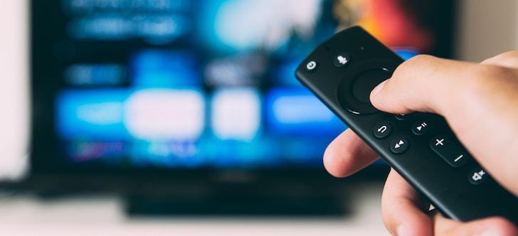 Fire TV Stickをテレビから抜いてテレビの解像度を調整する