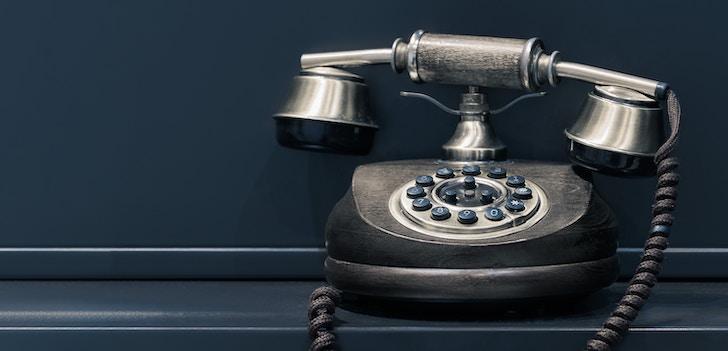 すぐ電話したいならAmazonの電話番号